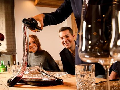 Wine decanting with the RIEDEL Decanter Mamba